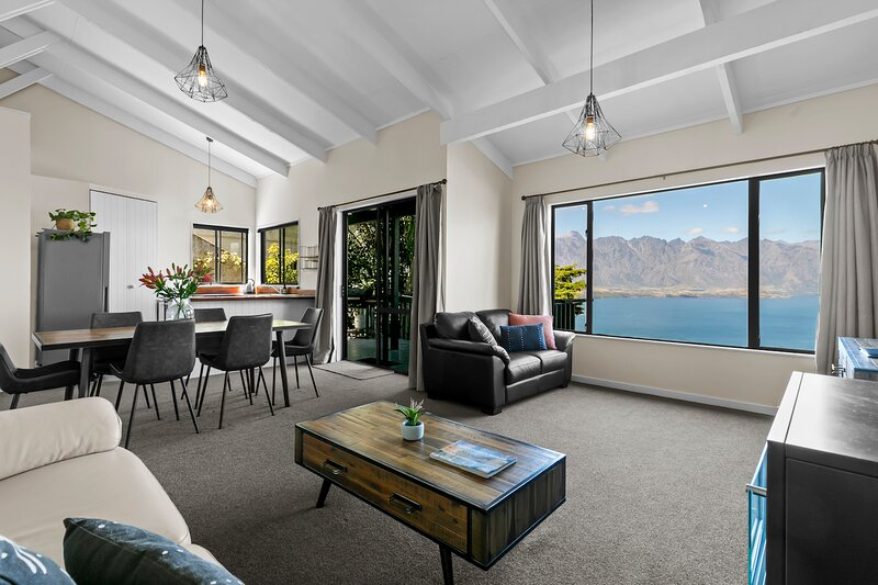 Hilltop Hideout, vacation rental in Glenorchy