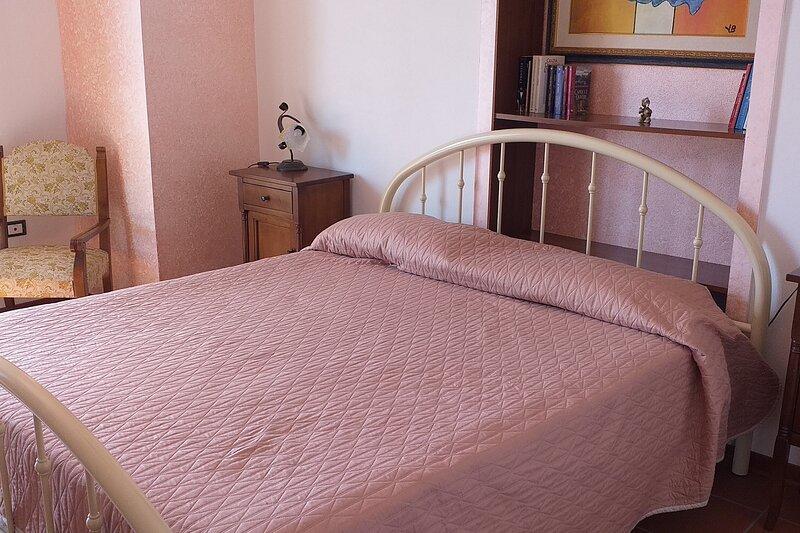 2° Camera da letto che si affaccia su terrazzo