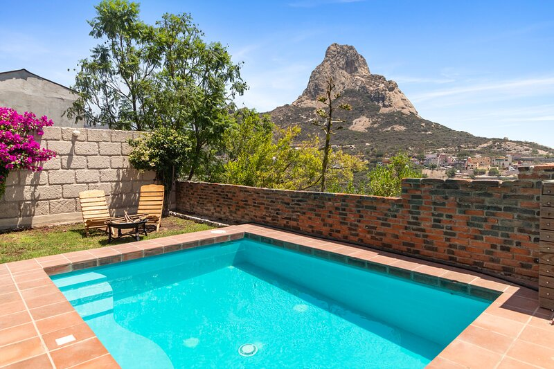 +MS +Casa Descanso +Bernal +Alberca Privada, holiday rental in Bernal
