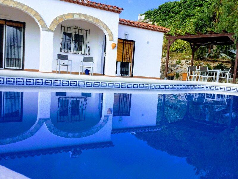 Villa Bello Horizonte, holiday rental in Muntanya la Sella