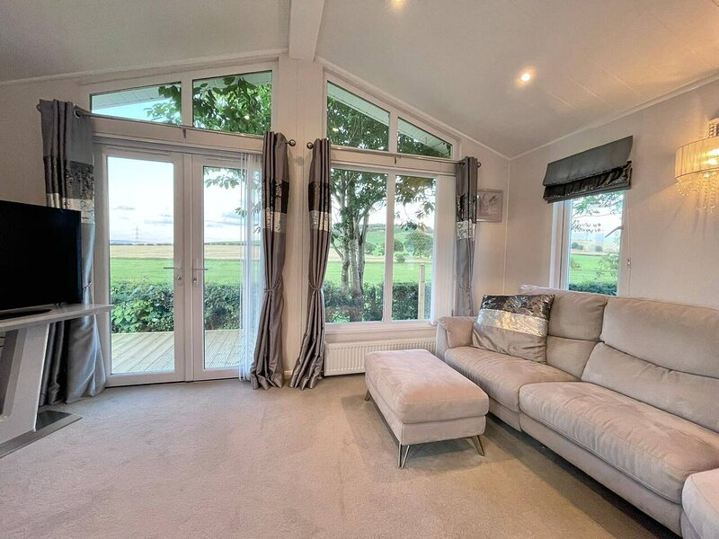 Modern House in Carlisle close to Lake District, vacation rental in Renwick