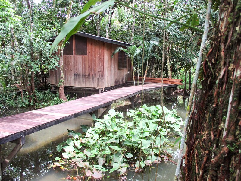 Bungalow9 Hotel Kangaroo Rio Dulce Waterfront River Jungle with Restaurant, aluguéis de temporada em Alta Verapaz Department