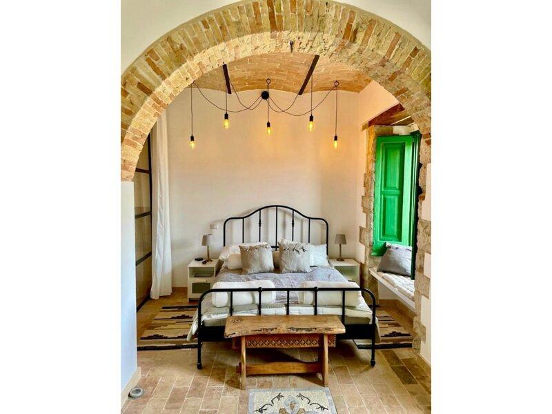 Captivating House in Palmoli Sleeps 2 plus 2, location de vacances à Montenero di Bisaccia