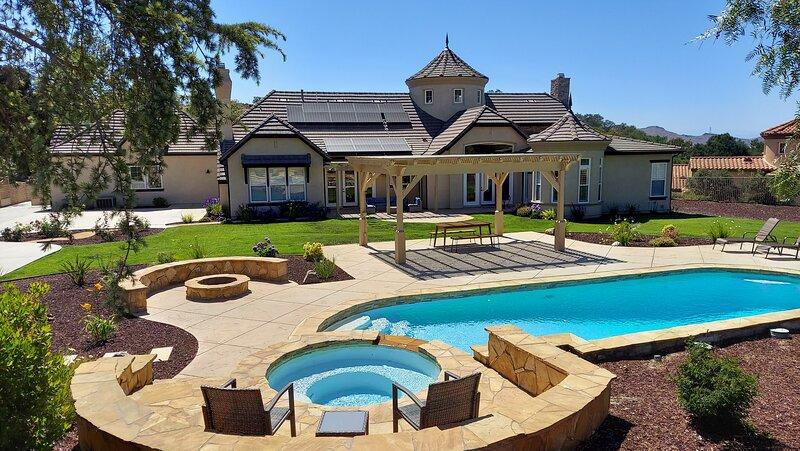 Stay at THE RESORT--BEST Luxury Lifestyle Estate!, location de vacances à Westlake Village