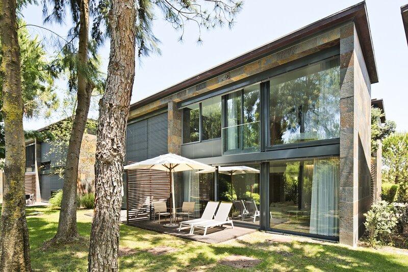 Troia Resort Village (C111), holiday rental in Troia