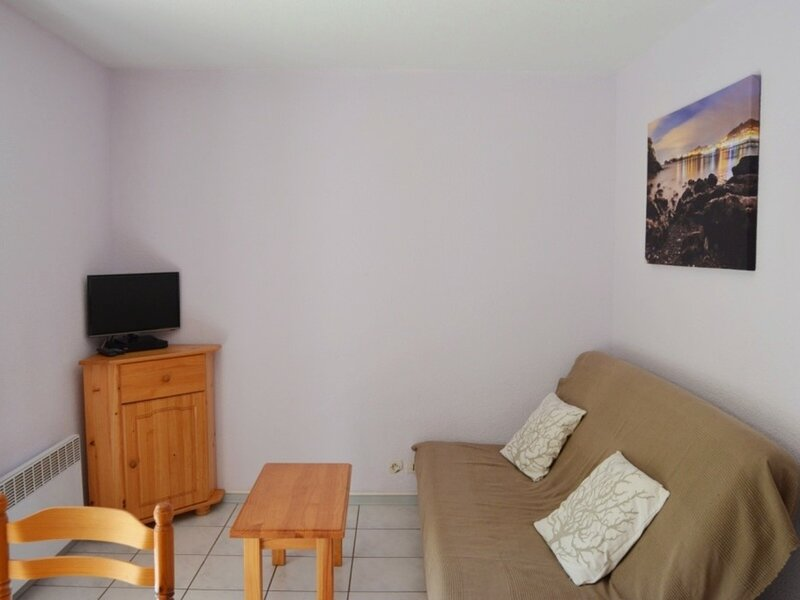 STUDIO CABINE 4 PERS RESIDENCE DE LYSE, holiday rental in Saint-Sauveur