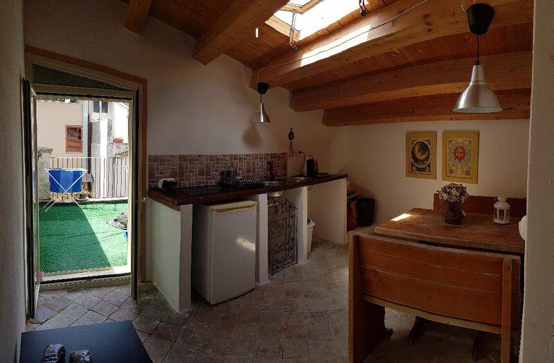 HOMEHOLIDAYINSICILY - LOFT NORD, holiday rental in Cassaro