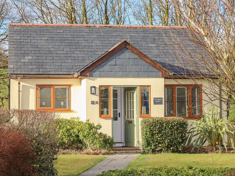 Inny Brook Burrow, Camelford, holiday rental in Fivelanes