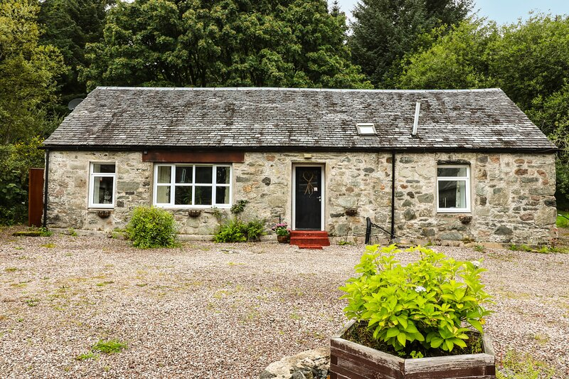 Oak Cottage, Inveraray, holiday rental in Minard
