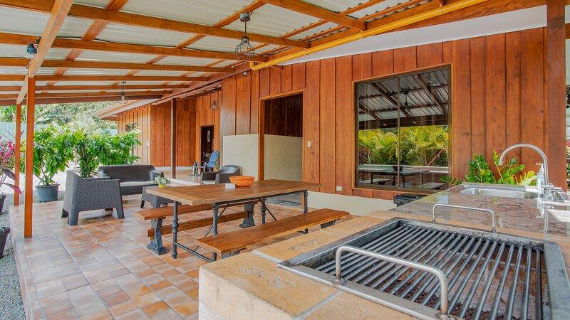 Villa La Fortuna - Friends & Families Gateway, holiday rental in La Tigra