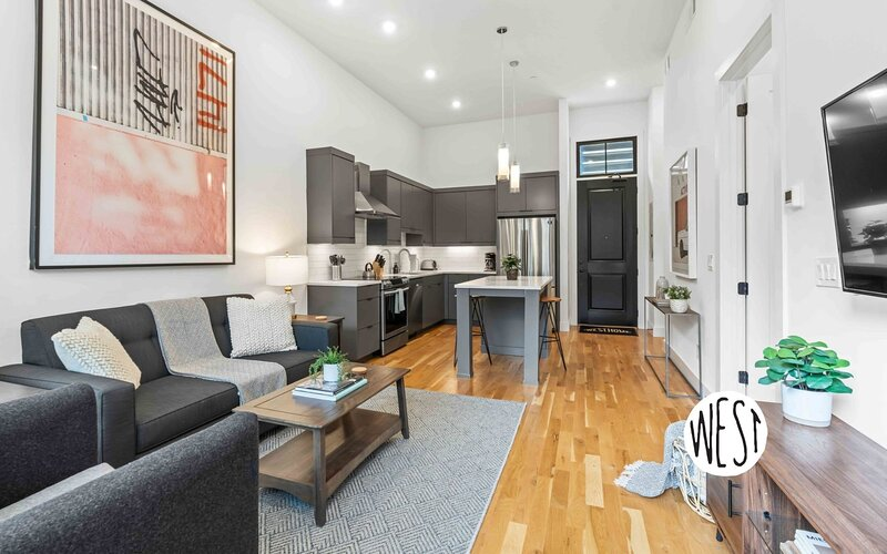 West Home: Brand New Trendy Virginia Highlands Apt. In Great Location!, vacation rental in Druid Hills