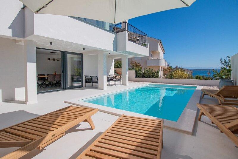 Beautiful Villa Marella, holiday rental in Luka