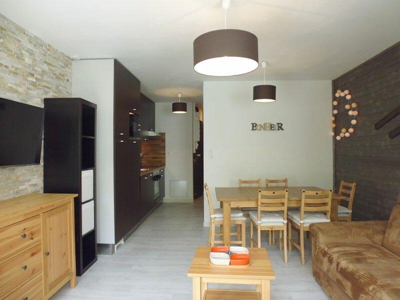 Appartement pour 6  personnes, résidence Sarrière., holiday rental in Arrens-Marsous