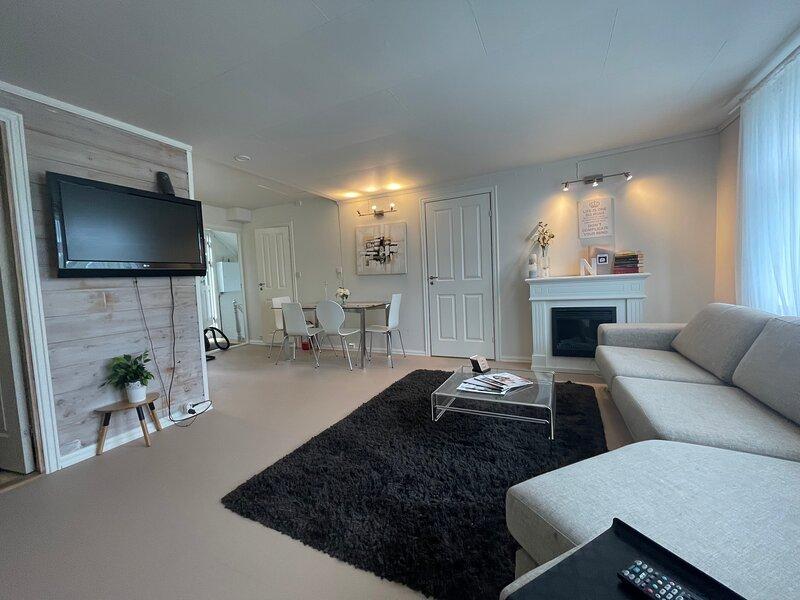 Nicolas Apartment 2 Nice and Cozy Central 3 Rooms, casa vacanza a Rogaland