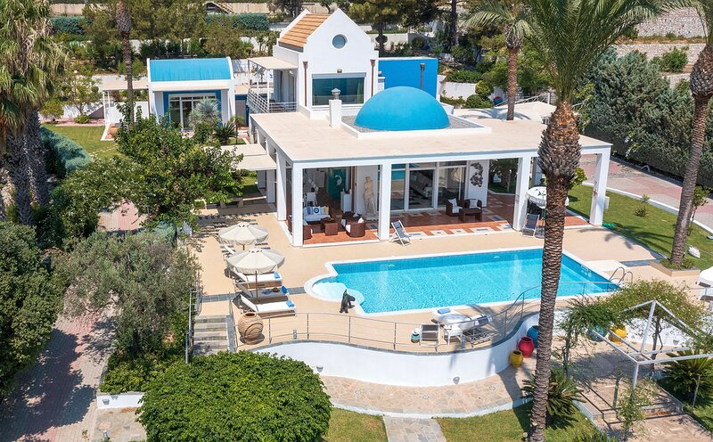 Grande Dame Villa of Rhodes, aluguéis de temporada em Rhodes