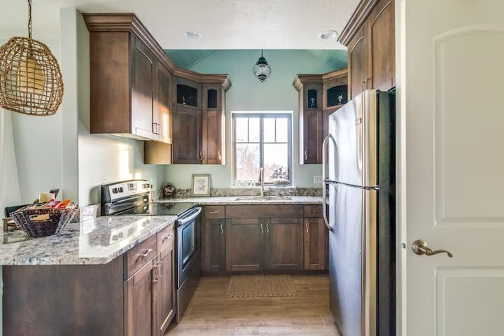 Perfect Paradise in Provo! (Ocean themed condo), holiday rental in Provo