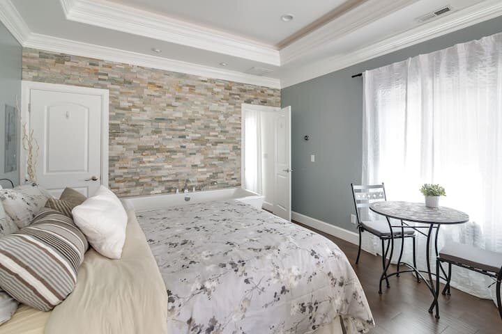Relaxing NEW Getaway Suite! (Wasatch Skyline), holiday rental in Provo
