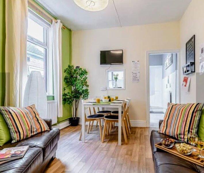 Gosford Apartment Dog-friendly, sleeps 4 Warwickshire, casa vacanza a Coventry
