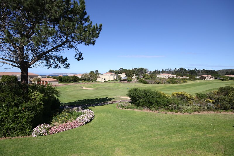 Goose Valley Golf Estate - J6, holiday rental in The Crags