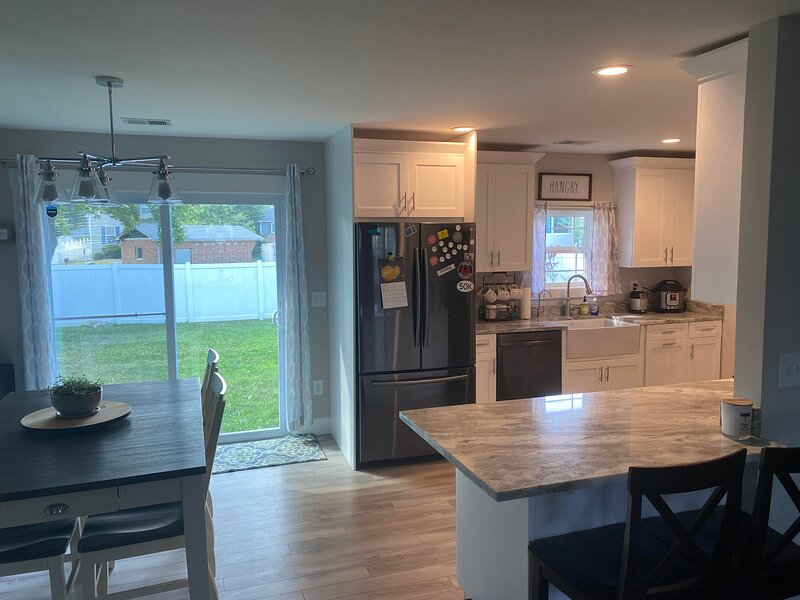 New Home Near Annapolis in Quiet Waterfront Community, holiday rental in Shady Side