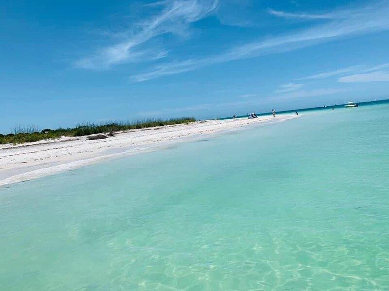 World Famous beaches 15 min away