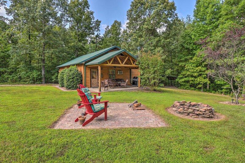 NEW! Heavenly Heber Springs Hideaway: Fish & Hike!, casa vacanza a Quitman