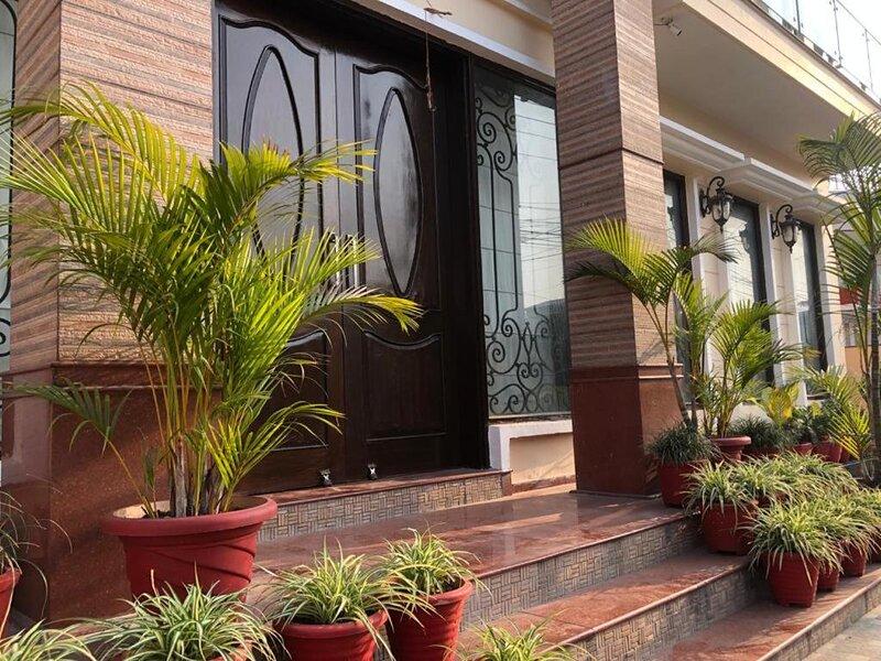 Sunrise Casa by Incrediblestays, location de vacances à Dehradun