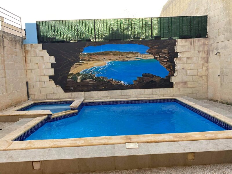 The Hollies Farmhouse, holiday rental in Qala