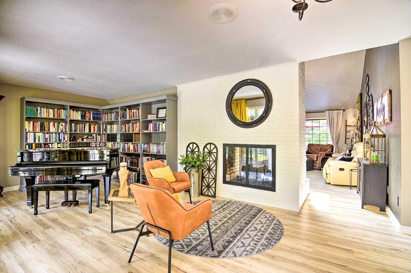NEW! Pinehurst No. 6 Home w/ Library + Coffee Bar!, holiday rental in Vass