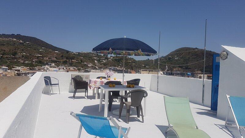 bartolo ab 327, holiday rental in San Salvatore