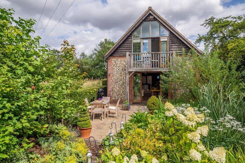 The Granary, Dunstall Green, holiday rental in Isleham
