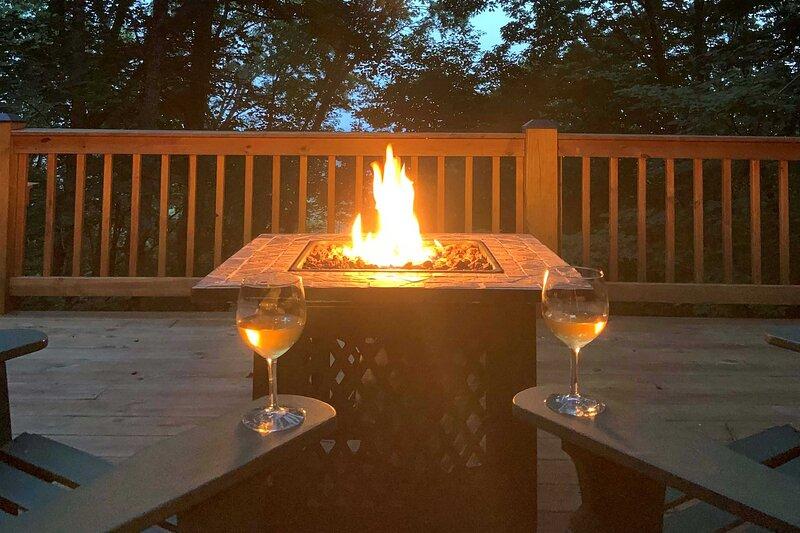 NEW! Bent Tree Hideaway w/ Deck - Golf, Swim, Hike, holiday rental in Talking Rock
