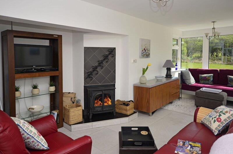 Cottage 139 - Clifden - Holiday Home Clifden Connemara, alquiler de vacaciones en Clifden