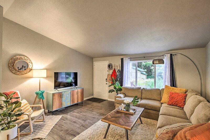 NEW! Pet-Friendly Home on 1 Acre < 1 Mi to Ocean!, alquiler vacacional en Ocean City