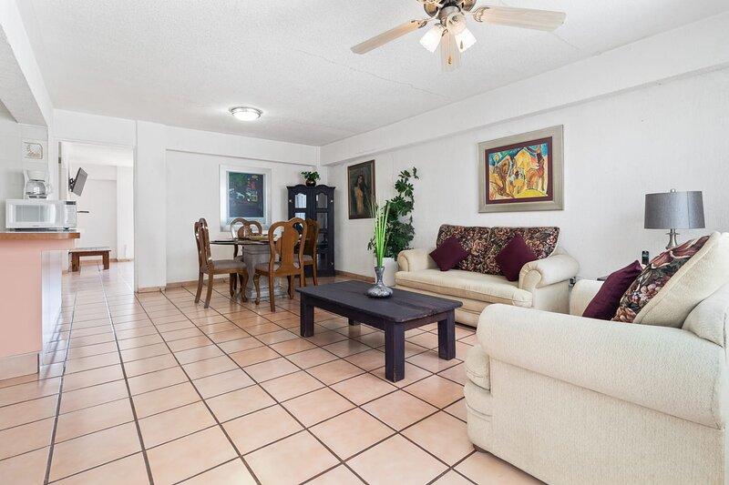 +MS +Preciosa Suite +Súper ubicación +Céntrica, holiday rental in El Marques Municipality