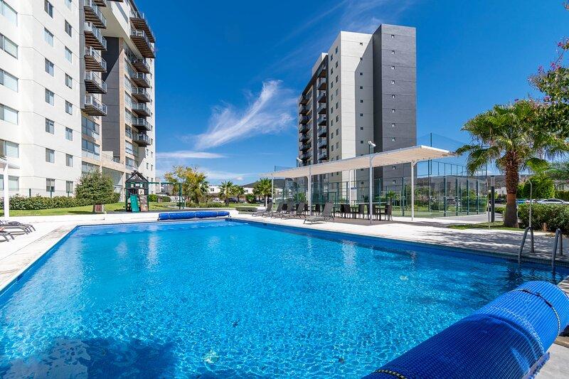 +MS +Lujosa Suite +Ubicadísima +Juriquilla Santa Fe, holiday rental in Juriquilla