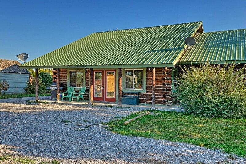 Cozy Teton Valley Escape: Pet-Friendly w/ $75 Fee!, holiday rental in Driggs