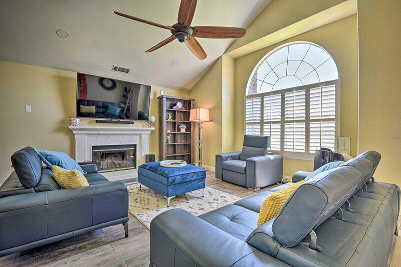 NEW! Large Camarillo Home w/ Private Yard & Games!, holiday rental in Santa Paula