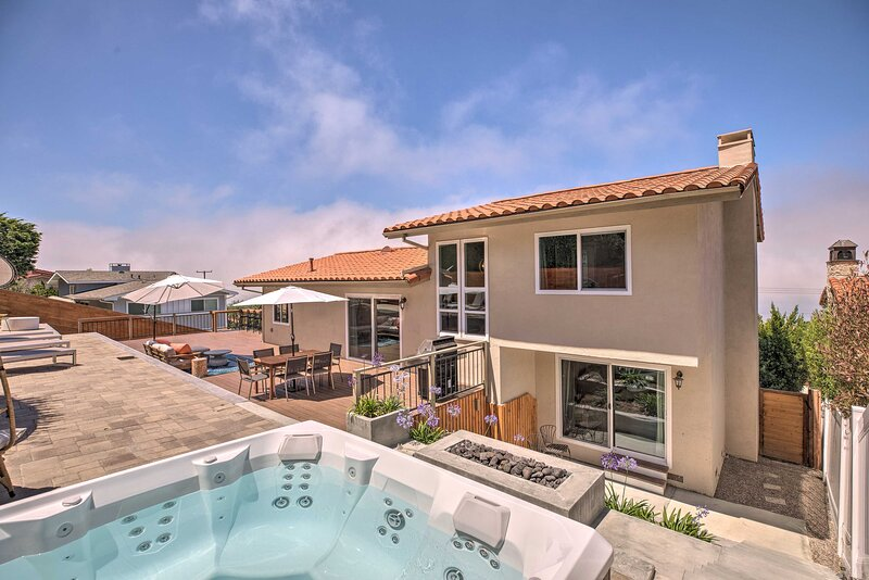 NEW! Ocean Views & Amazing Sunsets in Palos Verdes, casa vacanza a Rolling Hills Estates