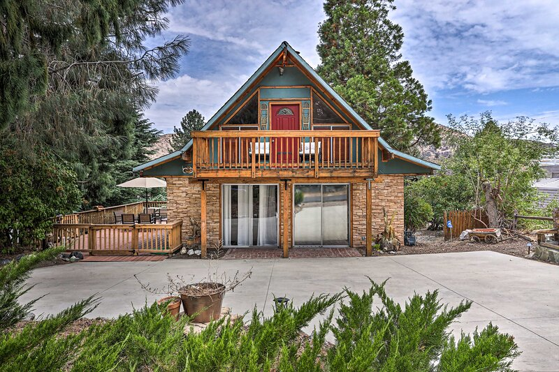 NEW! Cozy Wrightwood Cabin: < 5 Mi to Ski + Hike!, vacation rental in Rancho Cucamonga