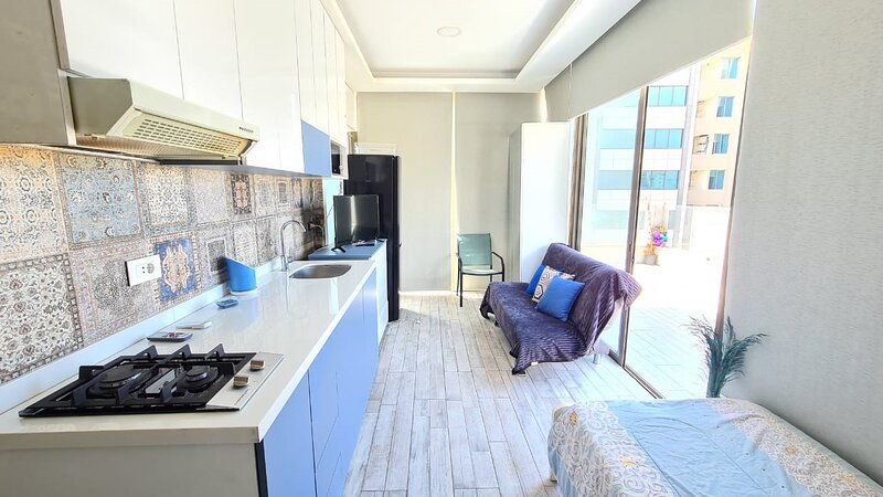 Studio fully decorated ,furnished sea view Dbayeh near LeMall, holiday rental in Bhamdoun