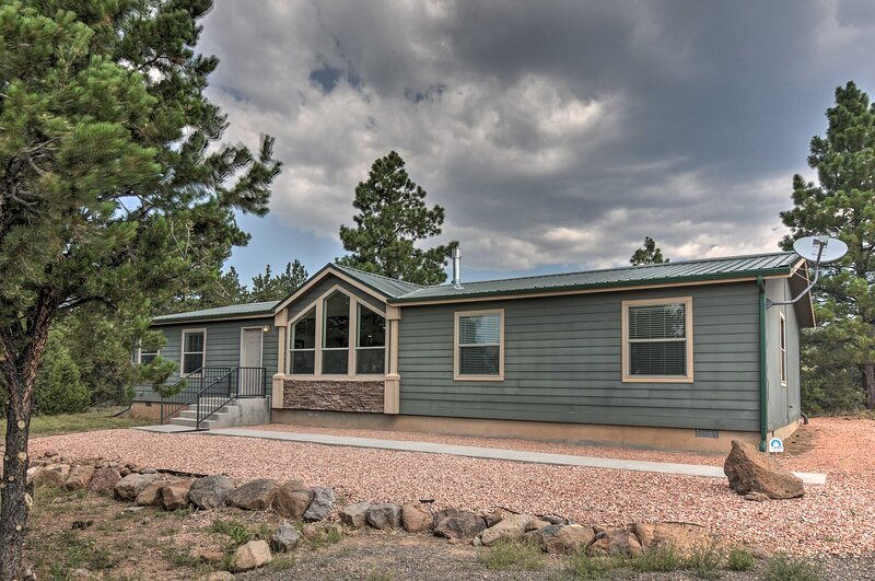 Secluded Boulder House - Next to National Forests!, vacation rental in Boulder