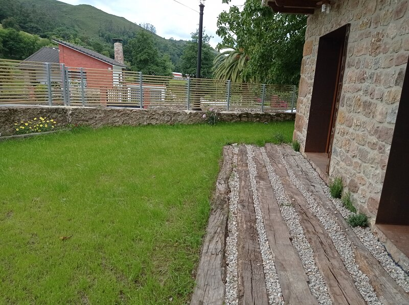 El Nogal de Hualle, alquiler vacacional en Cabezón de la Sal