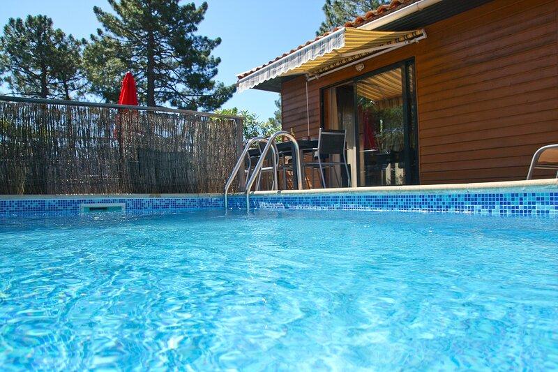 Maison 3 chambres, piscine privée, proximité mer et piscines naturelles du Cavu, holiday rental in Quenza