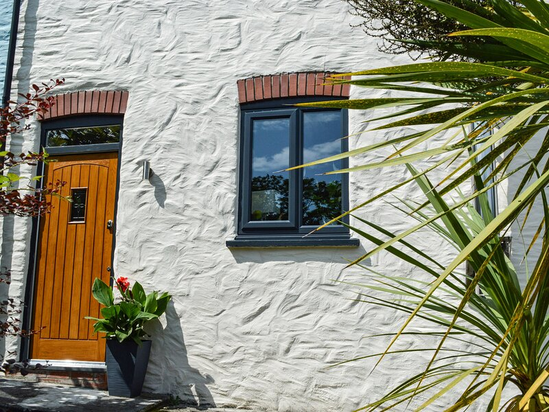 3 The Barn, Broad Haven, holiday rental in Simpson Cross