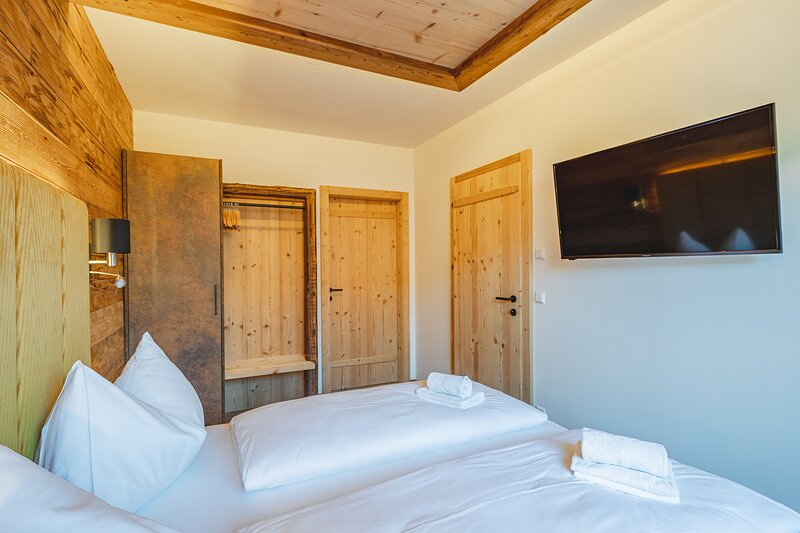 SunApart by Apart4You, holiday rental in Haus im Ennstal