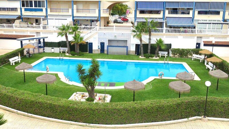 ARENALES DEL SOL, holiday rental in El Altet