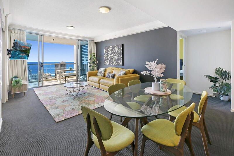 Ocean View Apartment at Chevron Towers by Vaun, location de vacances à Bundall