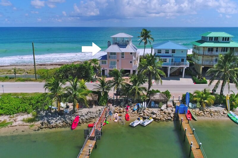 'As Good as it Gets':  The 5-Star FL Beach House ON the beach. Ocean+River+Dock!, holiday rental in Port Salerno
