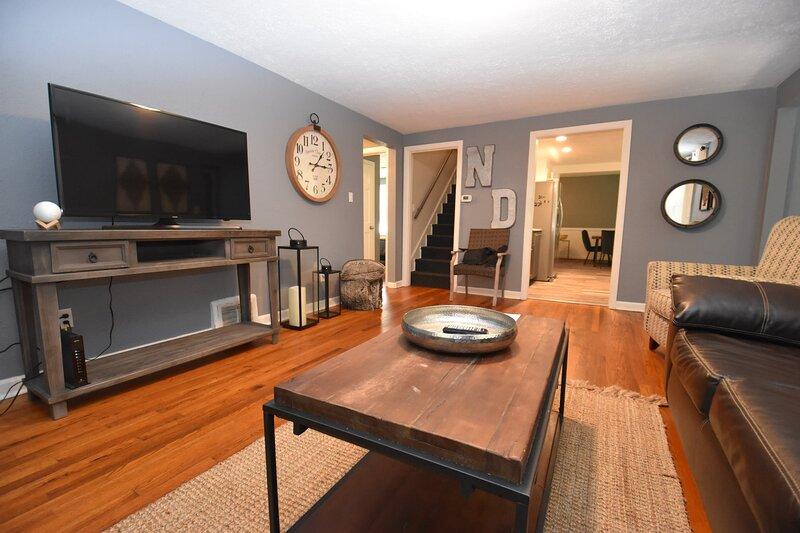 3 bedroom 2 bath home 5 mins to Notre Dame (17851), vacation rental in Saint Marys  Saint Joseph County